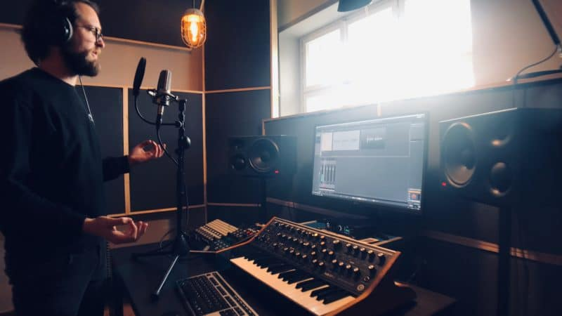 This Electronic Music Producer Podcast Will Help You Grow Your Career